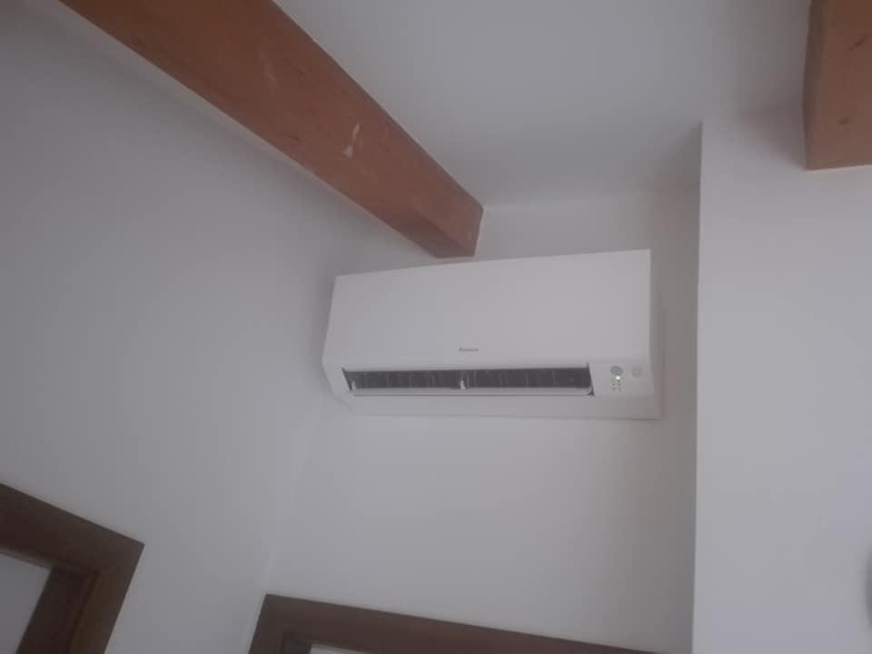 Melis Fabio Impianti Elettrici - Cliente: Condizionatore
